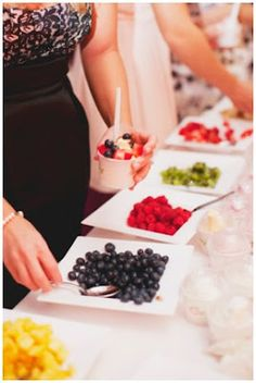 Mama's Style: Yoghurt Bar for kids party. Healthy party food.
