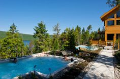 Geos-spa in Sacacomie, Quebec Quebec, Discover Canada, Half Board, Spa Packages, Milton Keynes, Cabin Design, Big Family, Lake View, Plein Air
