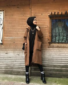 # Hijab the the Hijab Jean Models 2020 homme 2020 Modern Hijab Fashion, Street Hijab Fashion, Muslim Fashion, Cute Fashion, Modest Fashion, Fashion Outfits, Fashion Top, Style Fashion, Sport Fashion
