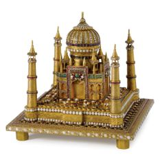 Gold Model of The Taj Mahal Set with Diamonds, Emeraldes, Rubies and Opals, Portugal, mid-20th Century.