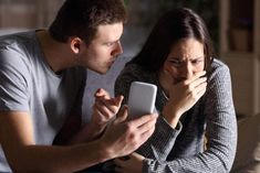 Teen Dating Violence Awareness Month: NY unveils social media campaign sensitizing teens about dating abuse - Sovteen Flirting Quotes For Her, Flirting Texts, Flirting Tips For Girls, Flirting Humor, Possessive Boyfriend, Vieux Couples, Jealous Boyfriend, Teen Dating, Shy Girls