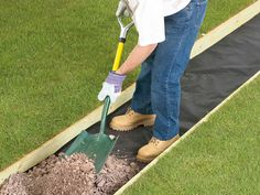 How to Lay a Gravel Pathway : Home Improvement : DIY Network