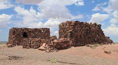 La antigua 'Casa Ágata' de 1000 años de antigüedad hecho de madera petrificada