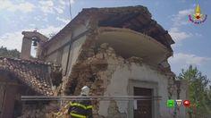 Sisma centro Italia - Soccorsi dei Vigili del Fuoco - Capodacqua 31 Agos...
