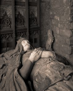 Tomb of Robert the Bruce.