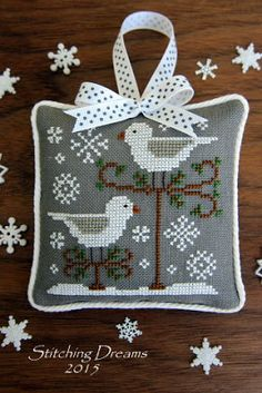 Stitching Dreams: 2015 Parade of Ornaments! Country Cottage Needleworks design- Snow Birds