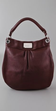 Marc Jacobs perfect size classic bag- why do I have to love practically all of his items.