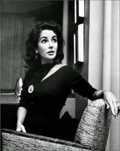 elizabeth taylor at home bh lbd 1957