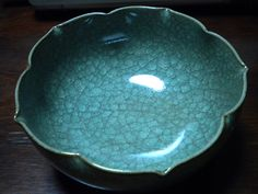 Kiyomizu pottery from Kyoto - for me it's all about the color and that gorgeous crystalline/organic crackle glaze
