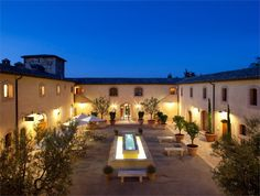 This Is the Most Romantic Hotel in Tuscany and It's Pure Honeymoon Hotels In Tuscany, Tuscany Italy, Hotels And Resorts, Best Hotels, Post Ranch Inn, Italian Wedding Venues, Italy News, Pig Farming, Big Sur
