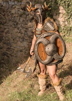Aela the Huntress cosplay (The Elder Scrolls V: Skyrim) by Black Owl Studio | photo by JBM-photos #cosplay