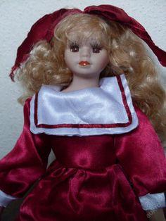 Pěkná štíhlá porcelán. panenka dl. blondýna 38 cm