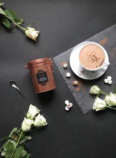 Outdoors grey, Indoors warm.... . . . The Harrods Praline Hot Chocolate is Sunday's perfect remedy. . #hotchocolate #praline #pralinechocolate #harrods #harrodsmoments #winter #winterwarmer #flatlay #flatlays #london #weekend #sunday #manmeetsfashion #lifestyle #lifestylephotography #chocolate #igerslondon #roses #freshflowers #copper #rosegold #details #londonlifestyle #thelondonlifeinc