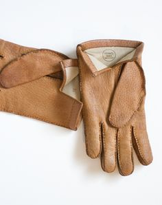 i would love to get some gloves like this for winter!