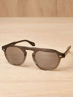 ✌ So Pretty ✌▄▄▄▄▄▄▄▄▄▄▄▄▄▄▄▄▄▄▄▄▄▄ #Ray #Ban #Sunglasses# Now 12.99✔.