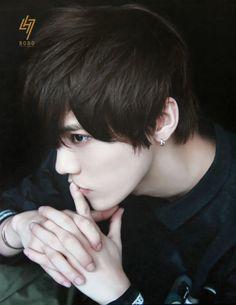 Come inside, he'll change your life. Hunhan, Exo Ot12, Sehun And Luhan, Chanyeol, Boy Face, Handsome Prince, Romance, Kpop, Celebs