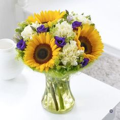 """@RodgersFlorist: Sunflower Bouquet to brighten up their day :) http://bit.ly/1EzMAeV  "" especially for @sleuth123 !!!"