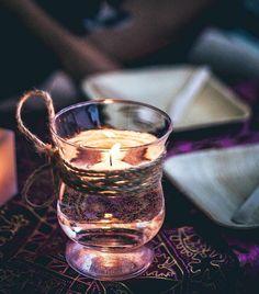 LIGHTS will guide you HOME  Momenttu.com @mrperita #interiorismo #decoracion #egunon . . . . #donostia #sansebastian #homedecor #inspohome #interior123 #eventstyling #interiordesigner #interiorinspo #candles #lightning #tabledecor #bohodecor #organizacioneventos #instadecor #interiorstyle #dinnertime #gipuzkoa