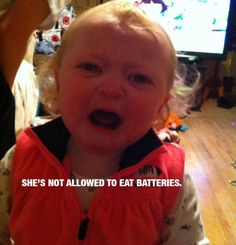 54 ideas for funny baby crying faces Baby Crying Images, Baby Crying Face, Cry Baby, Funny Babies, Funny Kids, Reasons Kids Cry, Crying For No Reason, Funny Memes, Hilarious