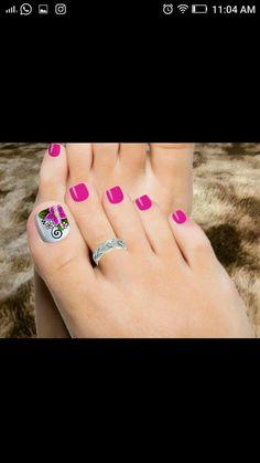 Bello Pedicure Designs, Toe Nail Designs, Acrylic Nail Designs, Uk Nails, Feet Nails, Hair And Nails, Pretty Toe Nails, Cute Toe Nails, Finger Nail Art