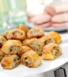 Food Inspiration, Tapas, Buffet, Sausage, Bakery, Rolls, Food And Drink, Appetizers, Potatoes