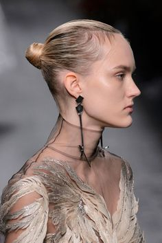 Valentino, Fall 2016 - The Most Incredible Statement Jewelry of Fall 2016 - Livingly Jewelry Accessories, Jewelry Design, Fashion Show, Fashion Design, Female Portrait, Valentino Garavani, Fall 2016, Statement Jewelry, Bling