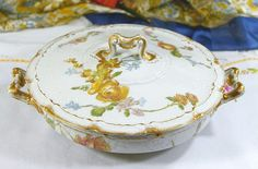 [SOLD] Antique France Haviland Limoges Schleiger # H1096 Covered Vegetable Bowl; featuring yellow roses.  앤틱(1896~1931) 프랑스 하빌랜드 리모지 #H1096 커버드 베지터블 보울