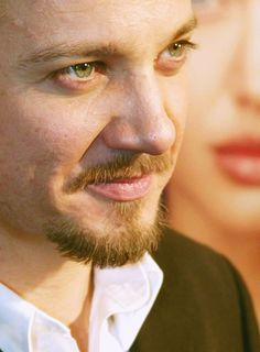 Jeremy Renner  oooooh! I don't think I've seen this pic before, nice.