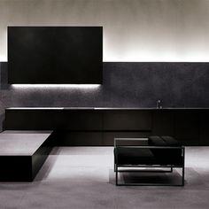Minimalist and elegant interior by Minotti _