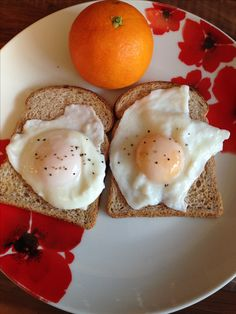 Sunny breakfast with 2 poached eggs on 2 slices of wholemeal bread (Healthy Extra B) and an orange for speed 🍊 Snack Recipes, Snacks, Syn Free, Poached Eggs, Slimming World, Bread, Meals, Orange, Breakfast