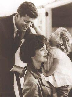 http://en.wikipedia.org/wiki/Jacqueline_Kennedy_Onassis Beauty Family ..........Sweet Caroline ......