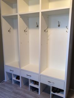 Mudroom Locker Unit Cubby Storage Hooks And Shoe Boot