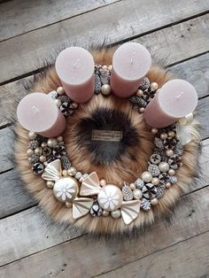 Christmas Advent Wreath, Christmas 2017, Christmas Time, Christmas Decorations, Holiday, Fun Crafts, Diy And Crafts, Creative Inspiration, Pastel