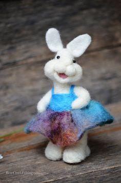 Bear Creek Bunny 328 needle felted by Teresa Perleberg