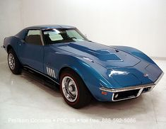 The L88 hood is a staple of Chevrolet musclecar modification but it started here...the L88 Corvette. Beautiful hood, beautiful car.