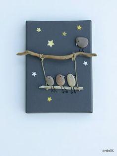 of the Best Creative DIY Ideas For Pebble Art Crafts Tableau galets oiseaux bois flotté fond ant Stone Crafts, Rock Crafts, Fun Crafts, Diy And Crafts, Arts And Crafts, Diy For Kids, Crafts For Kids, Creation Deco, Rock Design