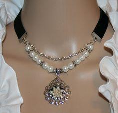 Perlen-Samt-Kette mit Natur-Edelweiß von Edelweiss51 auf Etsy