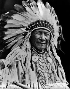 Duck Chief (the son of Running Rabbit) - Blackfoot (Siksika) - circa 1925