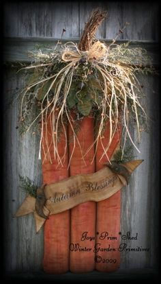 Primitive Folk Art Pumpkin Door Hanger with Banner & Crows E-Pattern