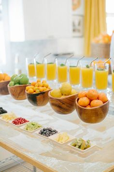 Fresh juice bar for your brunch-themed bridal shower- or add champagne for mimosa and fruit bar the morning of the wedding Fresh Juice Bar, Wedding Food Bars, Decoration Buffet, Mimosa Bar, Food Stations, Drink Stations, Think Food, Brunch Wedding, Wedding Reception