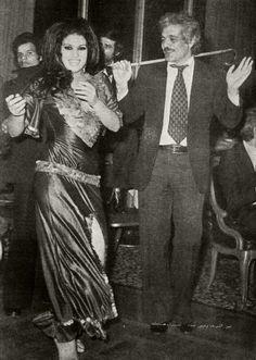 Fifi Abdou dancing with Omar Sharif! Via Belly Dance Classics