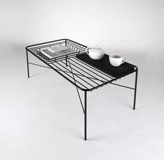 Traadist laud / Wire Coffee Table George Riding