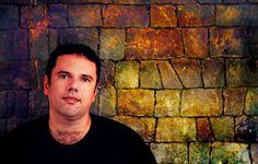 """Em homenagem a Lima Barreto, oescritor carioca que colocou o subúrbio no mapa da Literatura Brasileira, acontece a primeira edição da FLUPP – Festa Literária Internacional das UPPs, que ocupa o Morro dos Prazeres, em Santa Teresa, de 7 a 11 de novembro. O encontro literário tem inspiração da FLIP, evento de Paraty, e traz...<br /><a class=""""more-link"""" href=""""https://catracalivre.com.br/rio/agenda/barato/festa-literaria-internacional-das-upps/"""">Continue lendo »</a>"""