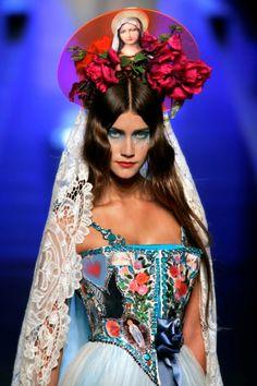 Foto's Peter Stigter in etalages Bijenkorf Amsterdam - Fashionscene - Fashion, Beauty, Models, Shopping, Catwalk