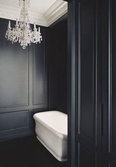 Black and white bathroom at the hotel by Joseph Dirand Architecture - Quai Anatole France I
