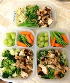 """@countingkateww on Instagram: """"What a short week! Prepped lunches for Tues ➡️ Thurs. 4oz grilled chicken in each + veggies/fruit. I only ever prep through Thursday because on Fridays I live on the wild side...I bring a microwaveable meal """""""
