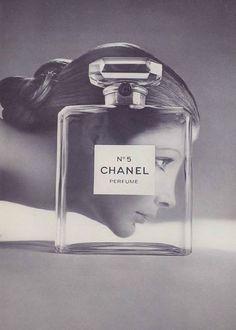 . Vintage Chanel, Vintage Perfume, Vintage Beauty, Vintage Makeup, Vintage Bottles, Vintage Glamour, Vintage Fashion, Mode Vintage, Vintage Ads
