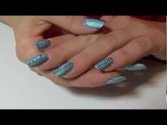 Tutorial Nail Art Holographic Sea | Mikeligna per PUPA NAIL ACADEMY - YouTube