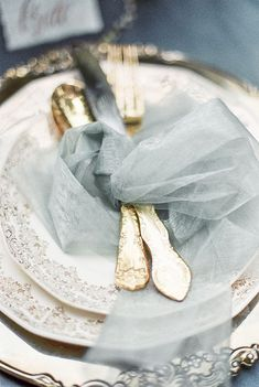 wedding inspiration Channeling old world Parisian charm this elegant and romantic wedding features luscious ivory blooms, gold cutlery and pastel tones Wedding Themes, Wedding Colors, Wedding Ideas, Decor Wedding, Wedding Decorations, Wedding Pictures, Wedding Designs, Wedding Planning, Costumes Bleus