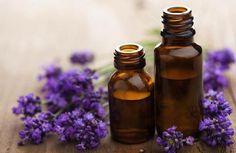 Molti aromaterapeuti, ad esempio, sono d'accordo nell'affermare che l' olio essenziale di lavanda è uno degli oli più versatili presenti in commercio.